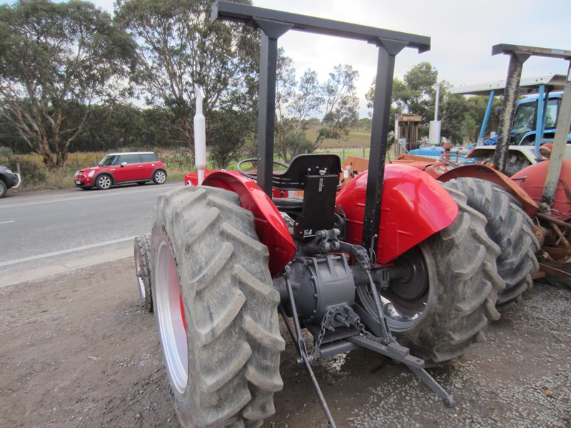 massey ferguson 135 tractor 12 speed 621724 011