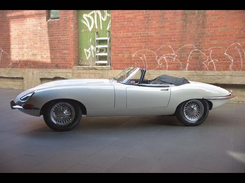 jaguar e-type 706356 007
