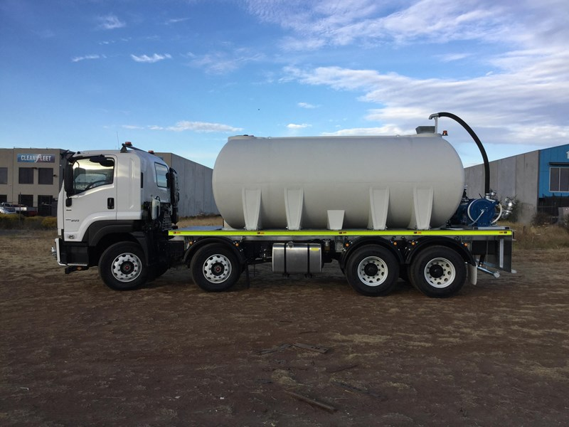 national water carts 18000l poly cartage tank 706591 007
