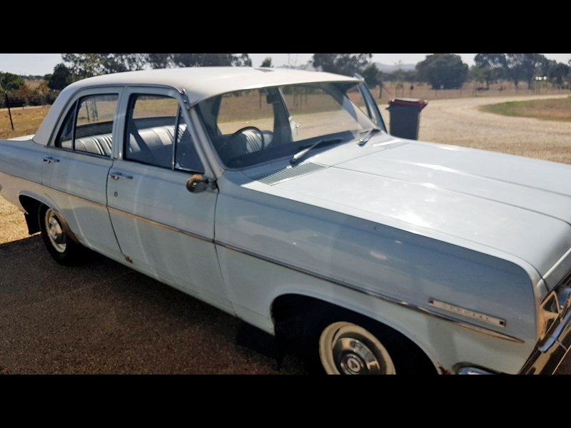 holden hr 708815 001
