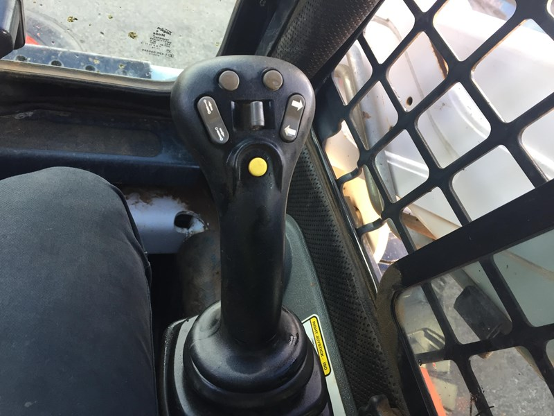bobcat s205 - joystick - great condition!! 708848 025
