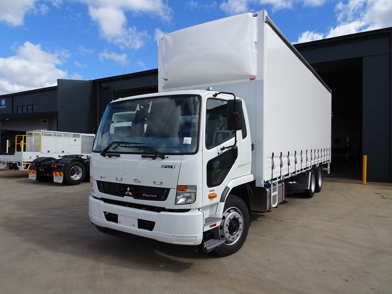 fuso fighter 2427 709232 001