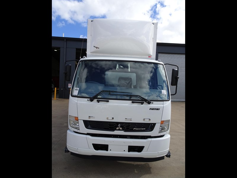fuso fighter 2427 709232 007