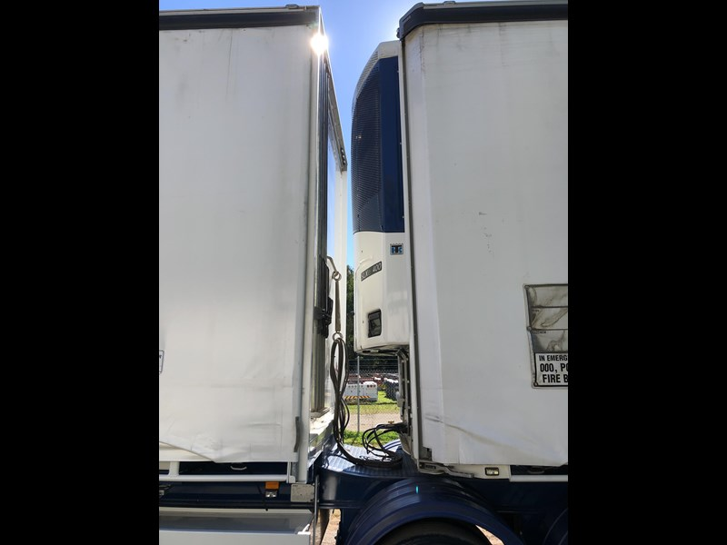 maxitrans b double refrigerated curtainsider 709533 039