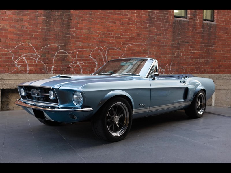 ford mustang 710287 013