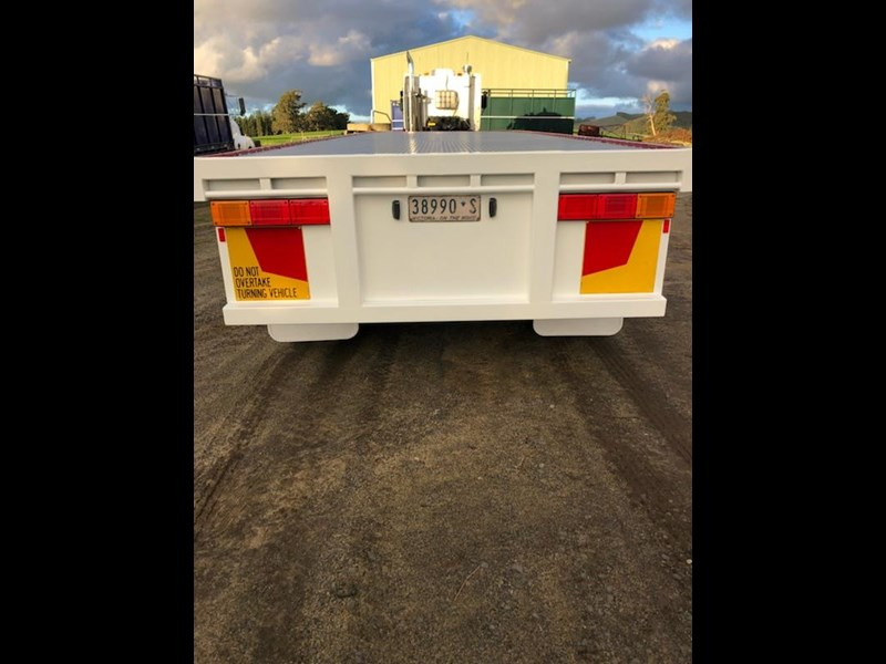 southern cross flat top-trailer 708041 007