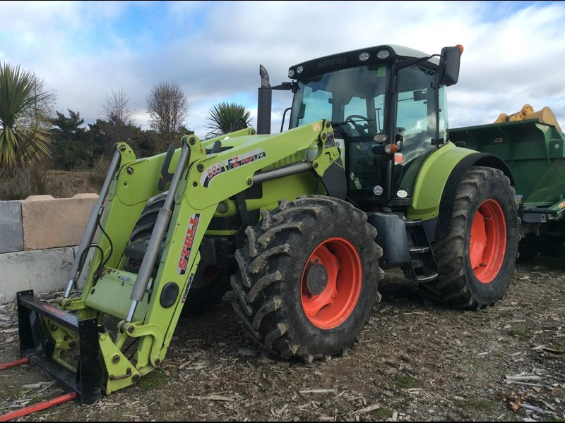 claas arion 640 711136 001