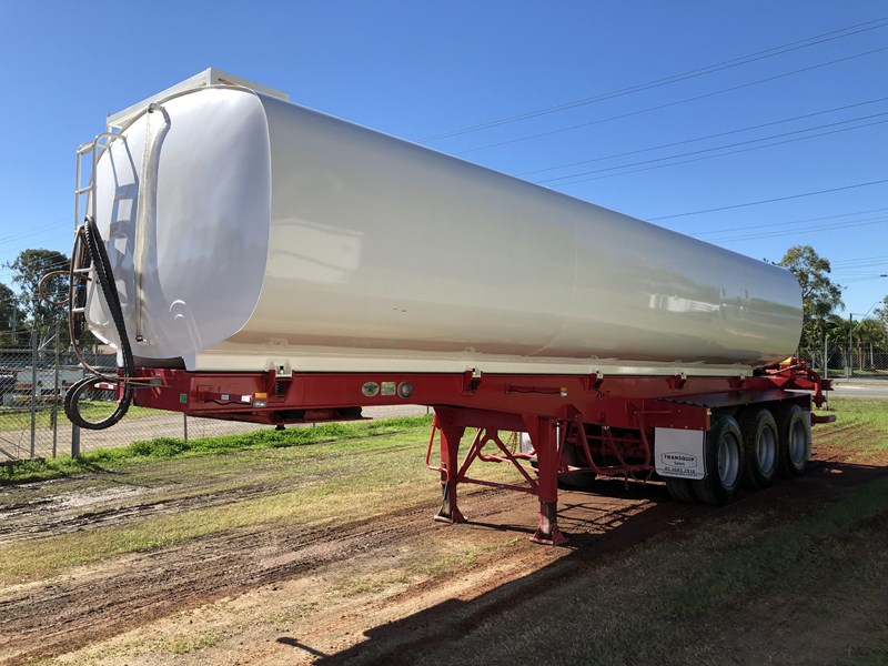road west tri-axle water tanker 711851 007