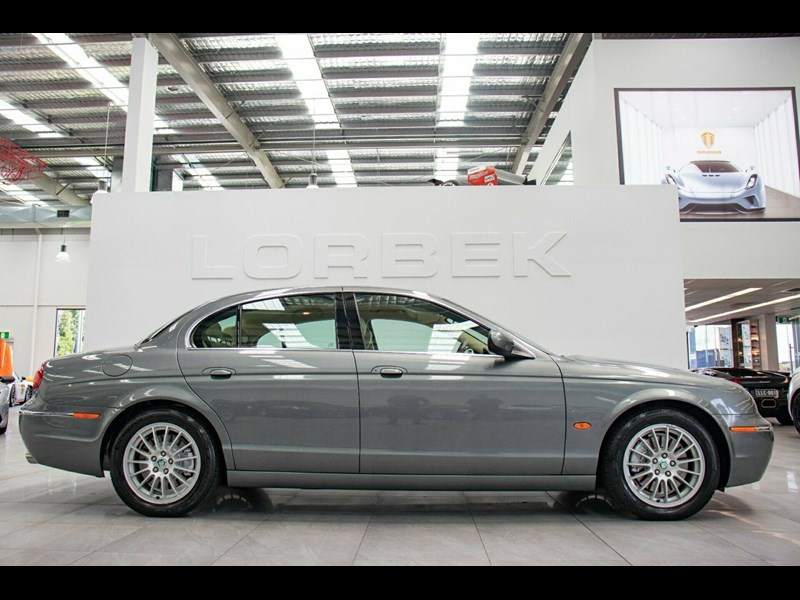 jaguar s-type 675823 011