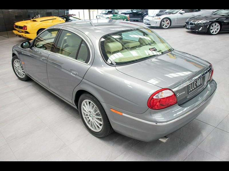 jaguar s-type 675823 055