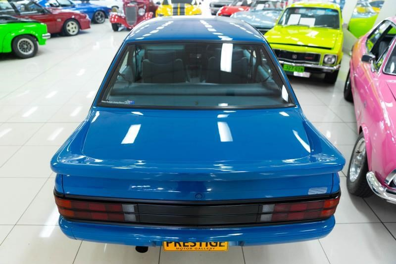 holden commodore 717238 017