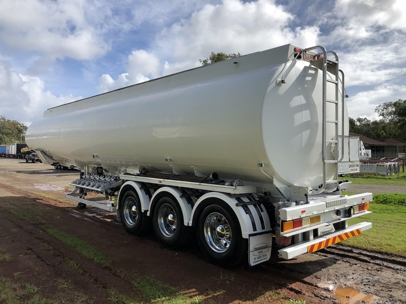 heil tri-axle fuel tanker trailer 718142 007