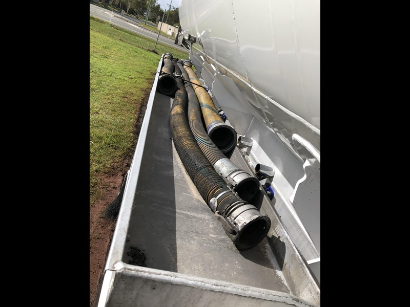 heil tri-axle fuel tanker trailer 718142 019