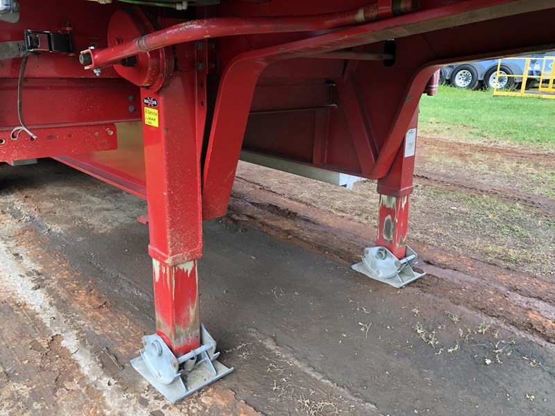 maxitrans drop deck trailer 718152 017
