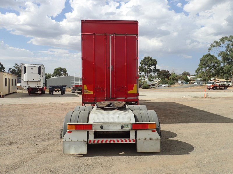 maxitrans curtainsider trailer 688610 005