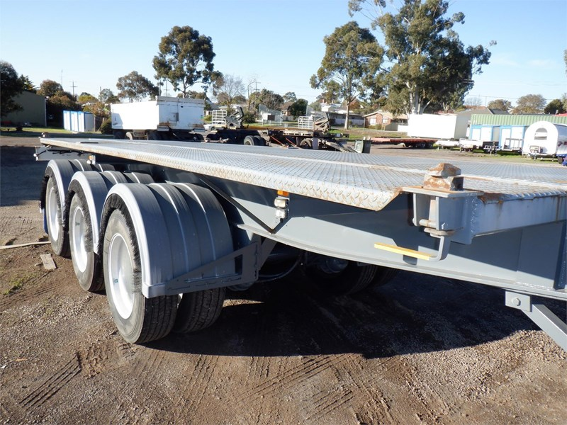 maxitrans skeletal trailer 710567 009