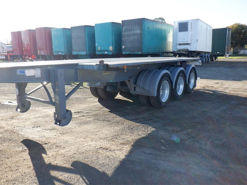 maxitrans skeletal trailer 710567 041
