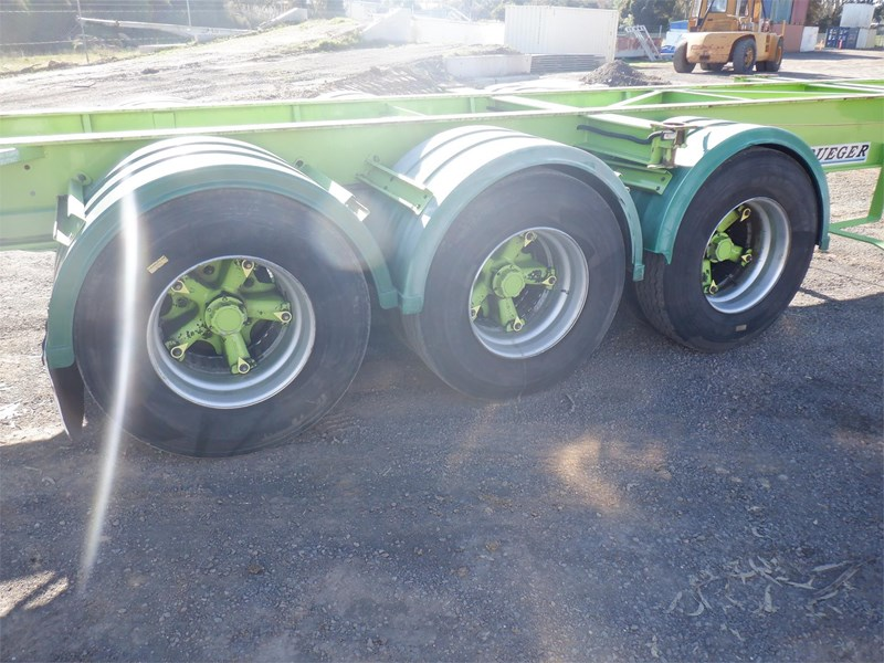 krueger skeletal trailer 717745 015