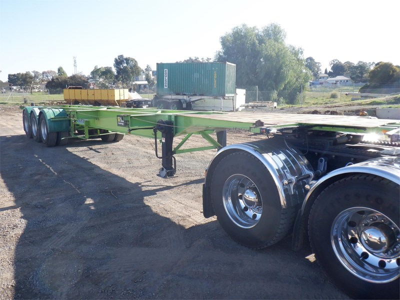 krueger skeletal trailer 717745 029