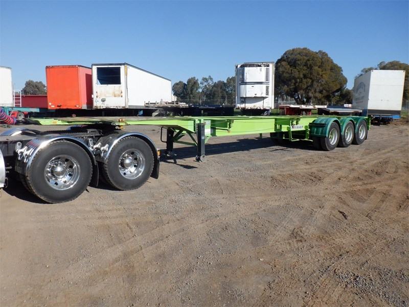 krueger skeletal trailer 717745 035