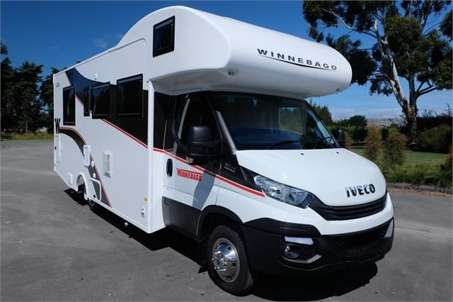 iveco daily winnebago iluka 721365 005