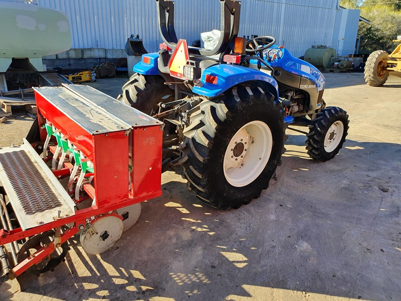 new holland tc40s 722048 007