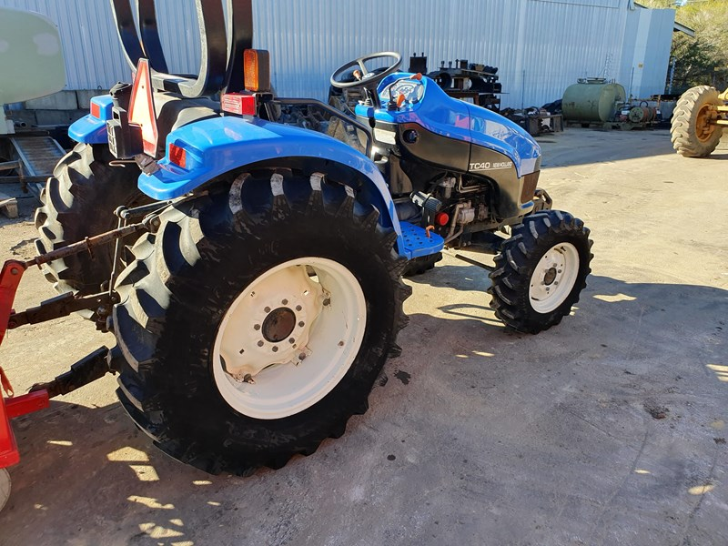new holland tc40s 722048 005
