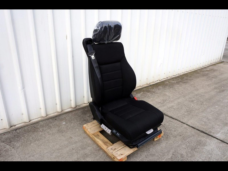 daf cf7585 drivers air seat 722226 001