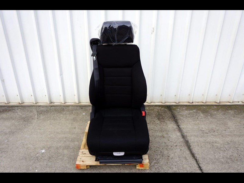 daf cf7585 drivers air seat 722226 003