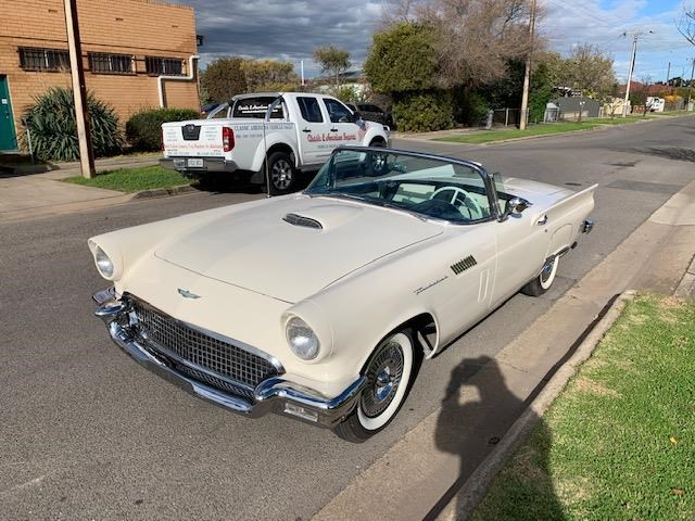 ford thunderbird 706329 005