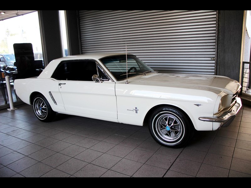 ford mustang 661163 005