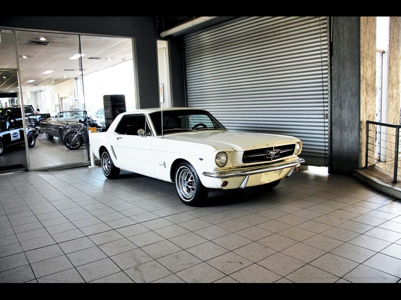 ford mustang 661163 001