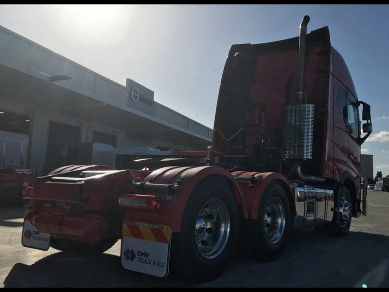 volvo fh600 724688 013