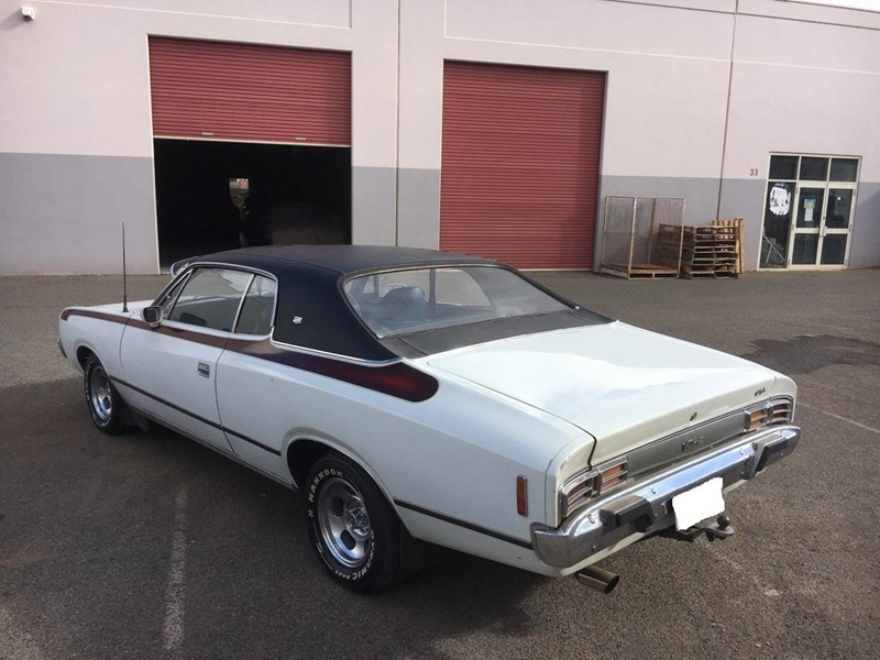 chrysler valiant 724888 005