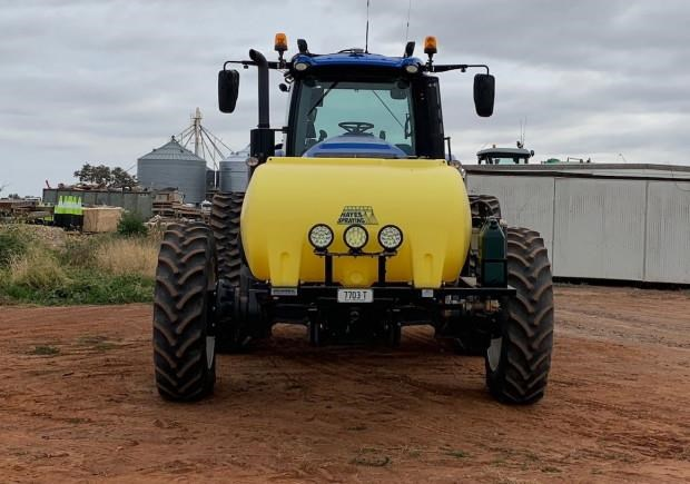 new holland t8.435 725166 009
