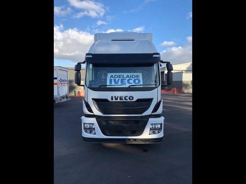 iveco stralis at500 725580 003