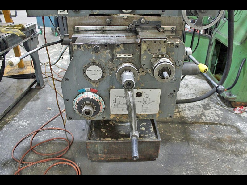 pacific fcm 1600 universal milling machine 726208 019