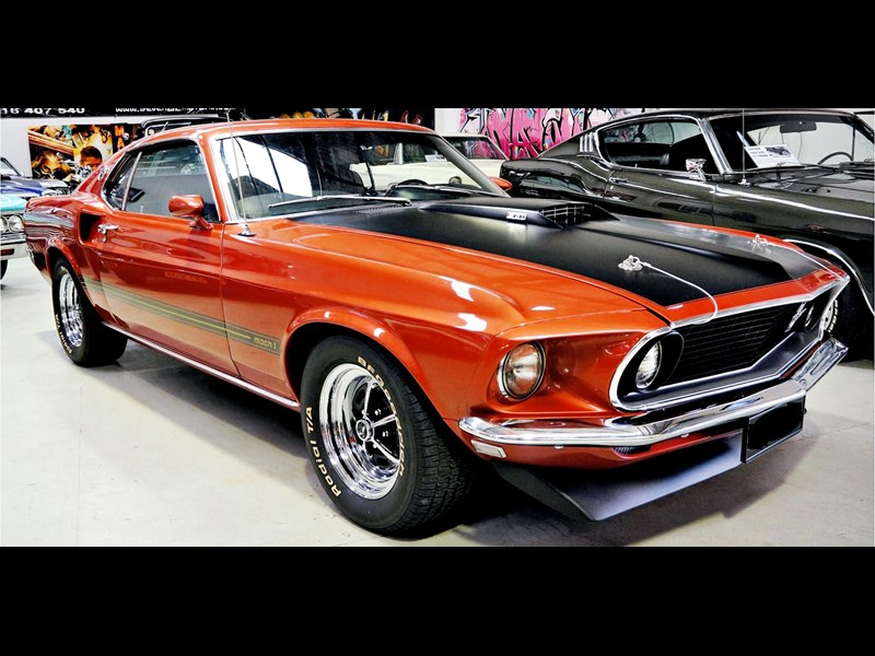 ford mustang 727208 001