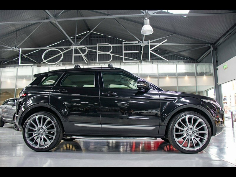 land rover evoque 665555 011
