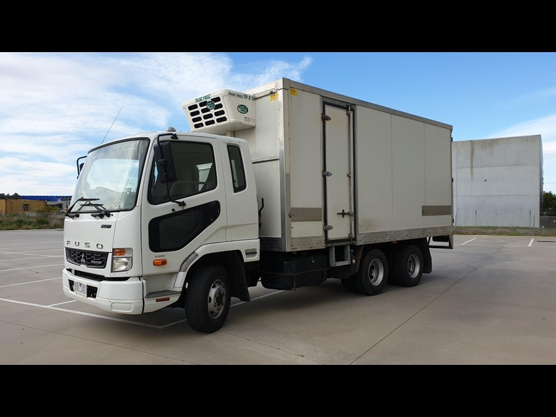 fuso fighter 1024 728514 009