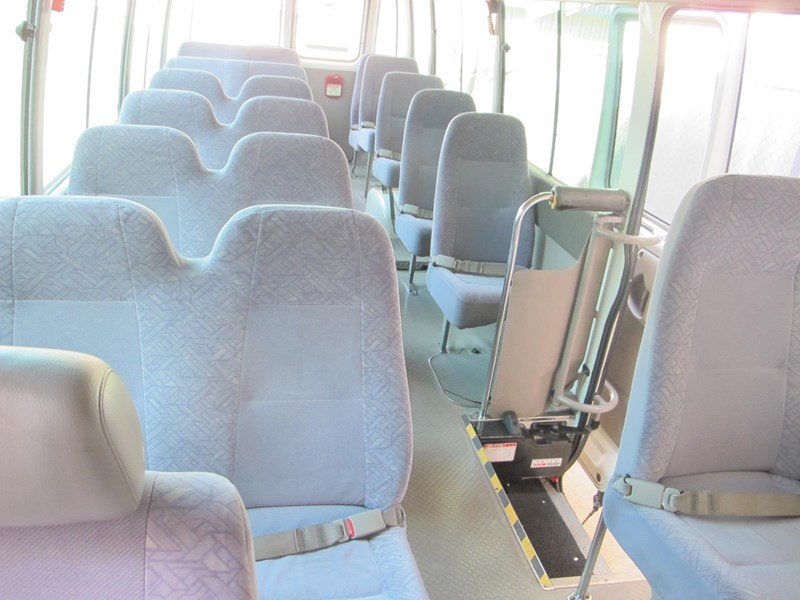toyota coaster 50 series 21 seater bus 728738 007