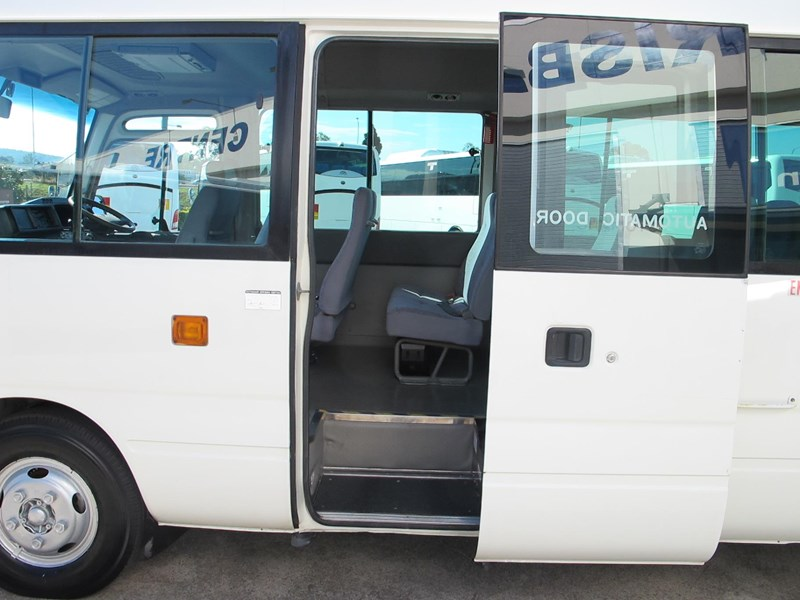 toyota coaster 50 series 21 seater bus 728738 021