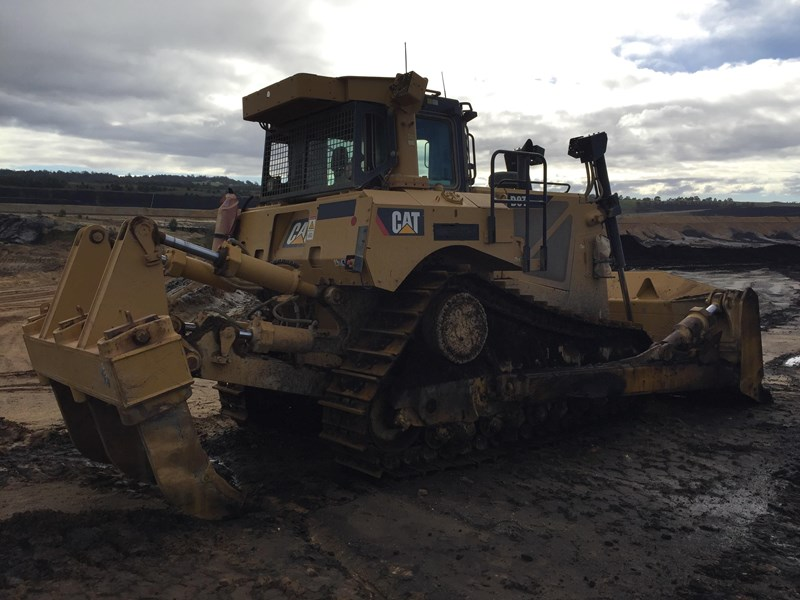 caterpillar d8t dozer 730456 007
