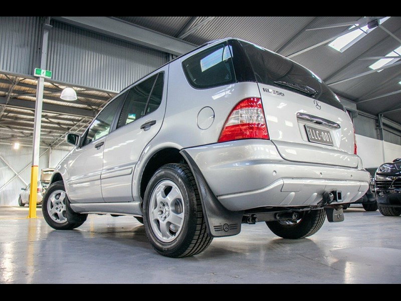 mercedes-benz ml350 730731 055