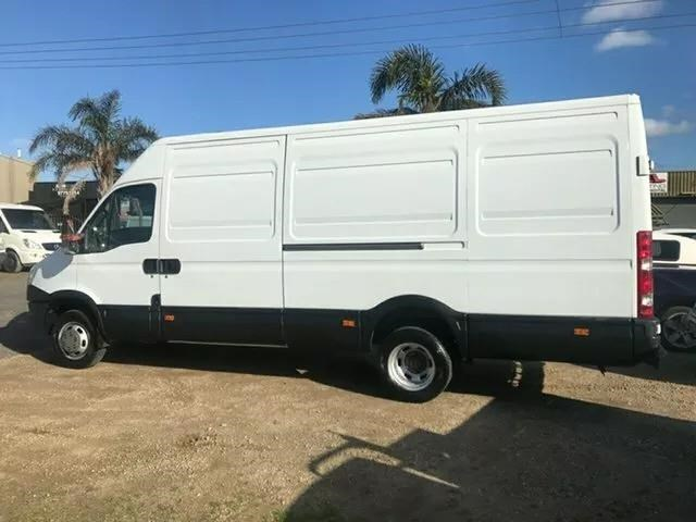 iveco daily 734396 001