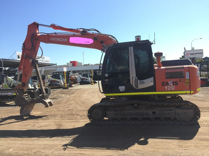 hitachi zx120 - low hours - grab - gp bucket 735919 009