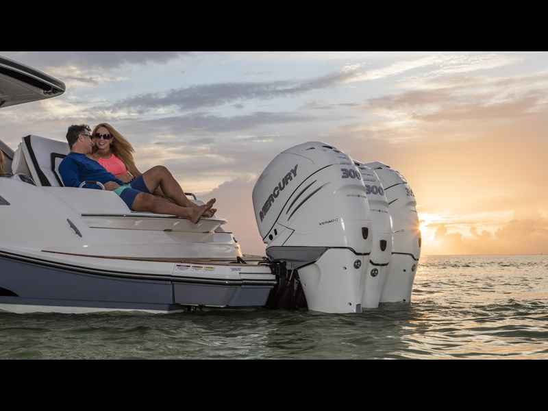 sea ray slx 350 outboard 434374 099