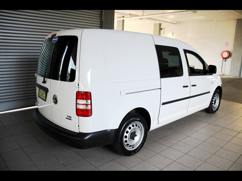 volkswagen caddy 737107 005