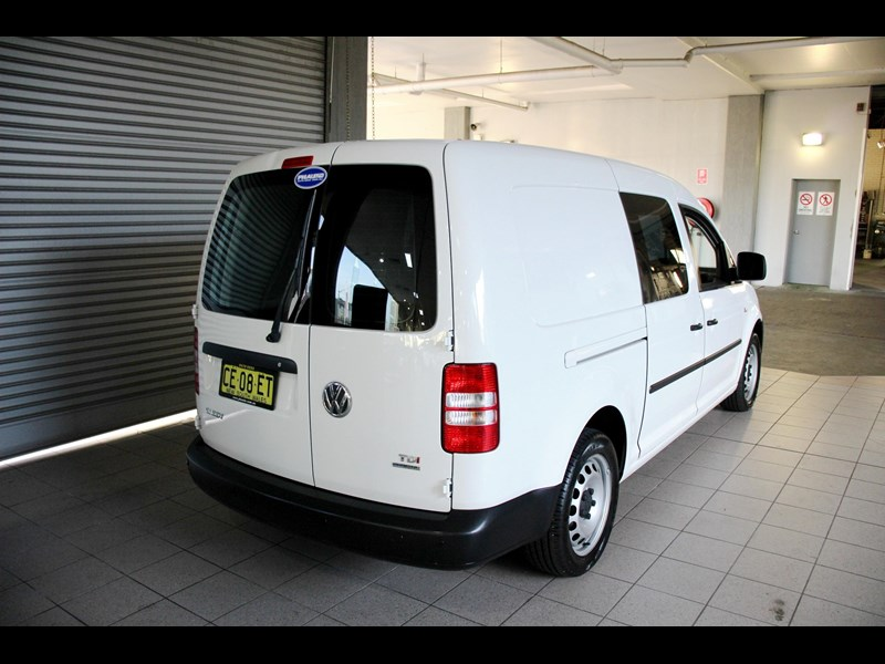 volkswagen caddy 737107 007