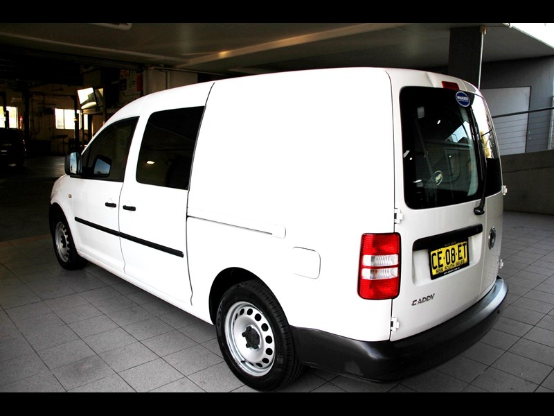 volkswagen caddy 737107 011